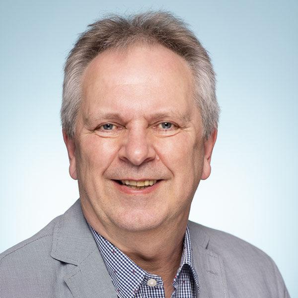 Ralf Bauer